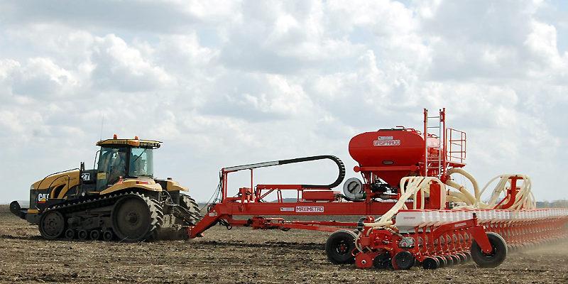 Вітчизняні аграрії все більше цікавляться новітніми технологіями обробітку грунту