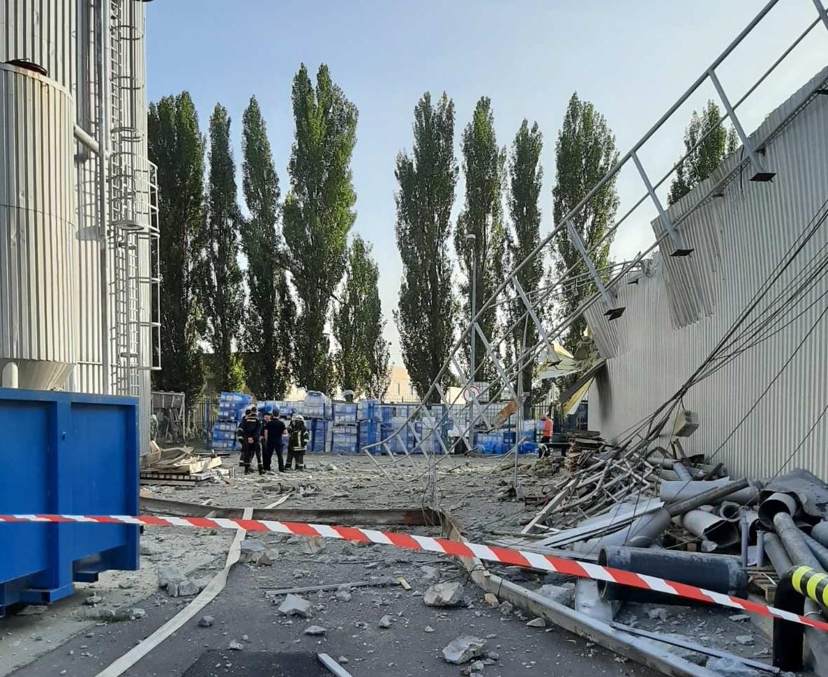 Внаслідок вибуху на пивзаводі Carlsberg у Києві постраждали дві людини