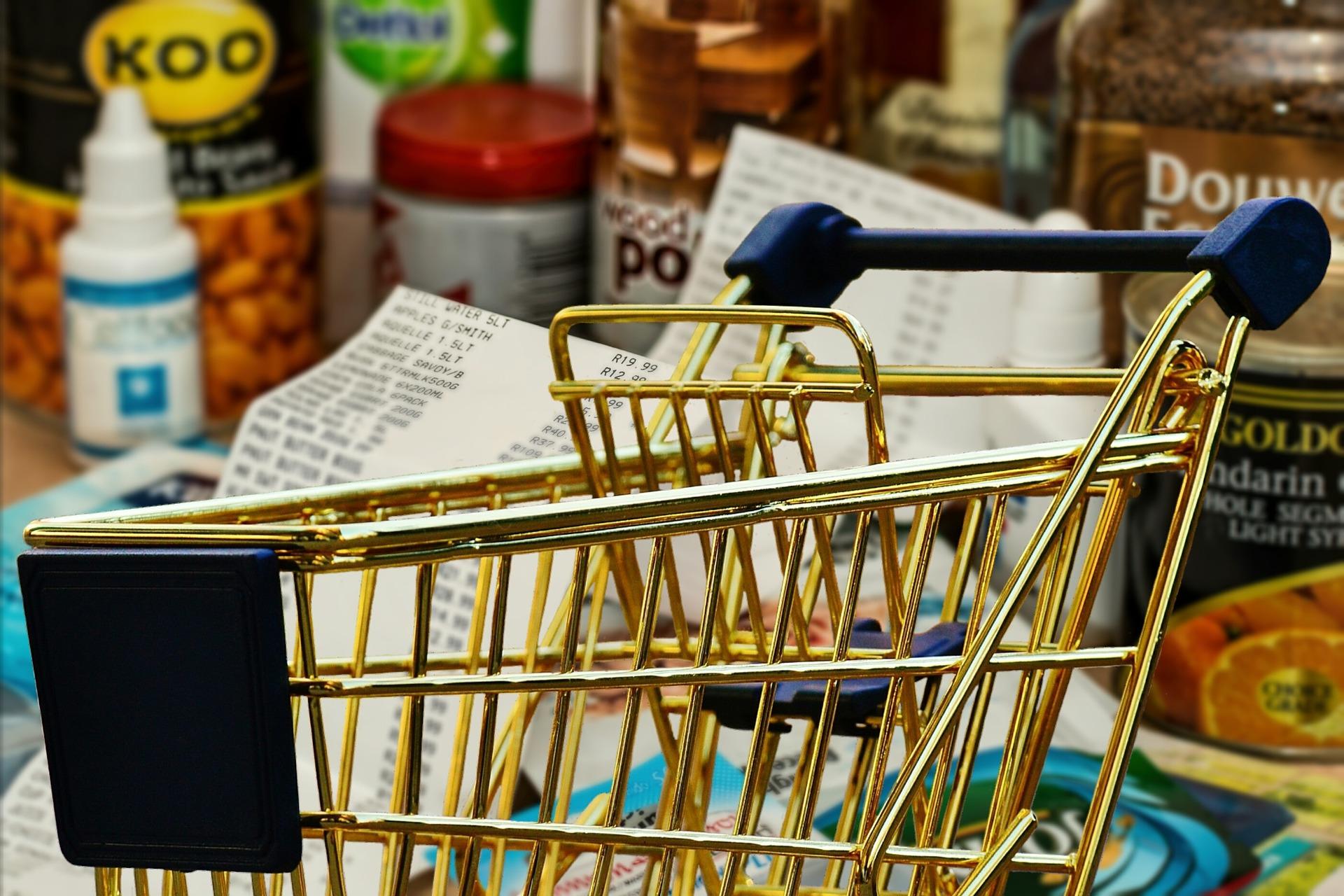 Українці на 10,4% скоротили свої споживчі витрати