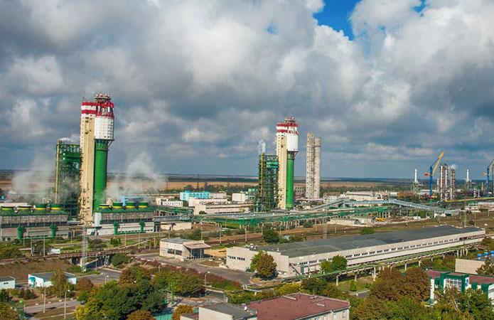 ОПЗ відправляє на експорт майже 90% виробленого карбаміду