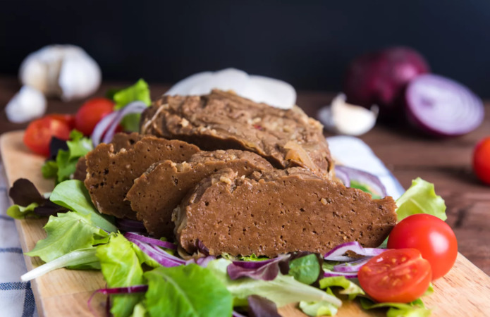 Нідерландці інвестують у виробництво веганського м'яса на Житомирщині