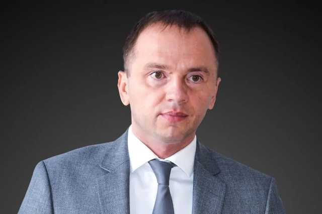 «Зеленський обіцяв «нові обличчя», але у владі опинилися чиновники часів Януковича і Порошенка», – політолог Олег Постернак
