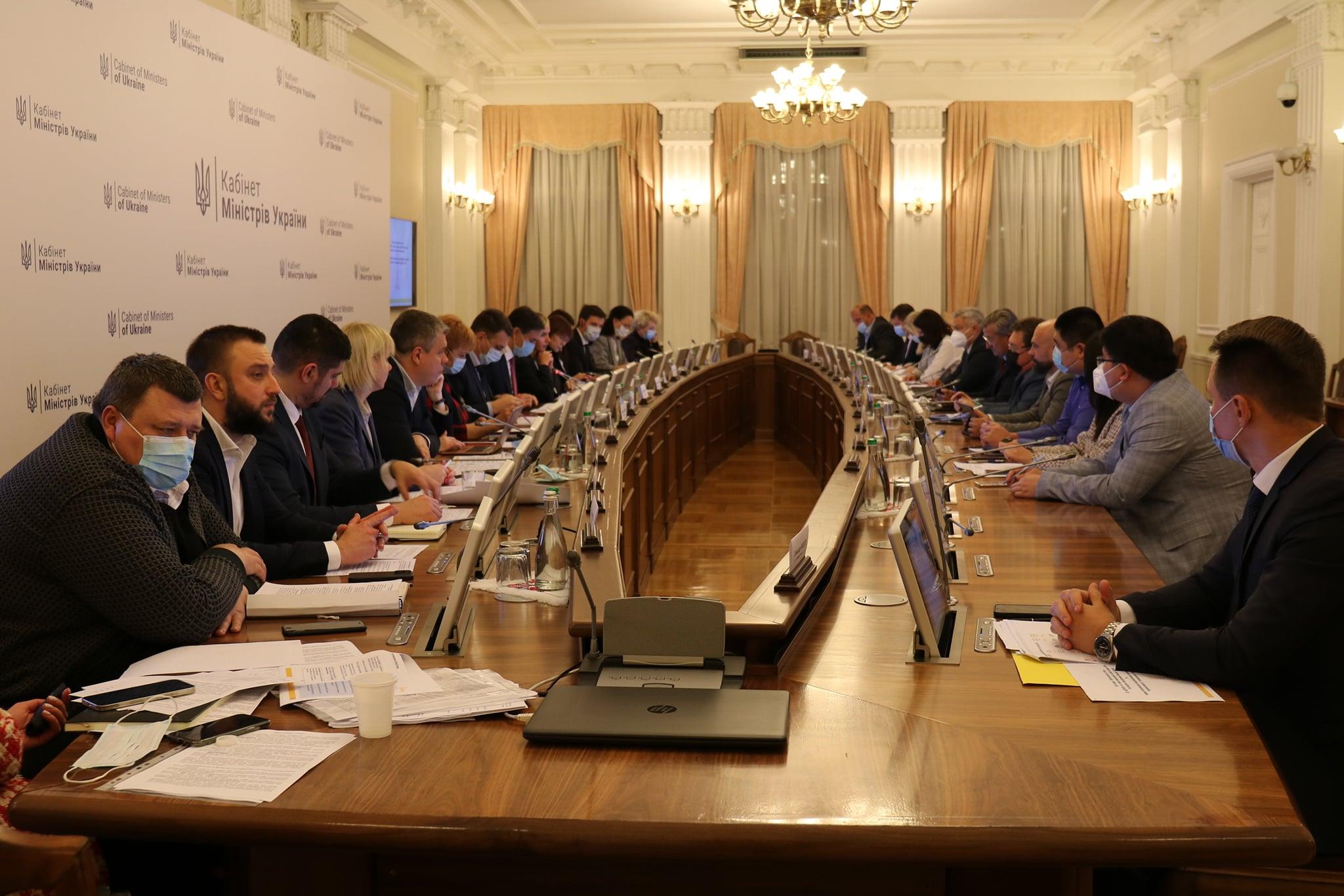 Робоча група ДПЗКУ шукає варіанти розв'язання проблеми зобов'язань перед Ексімбанком Китаю