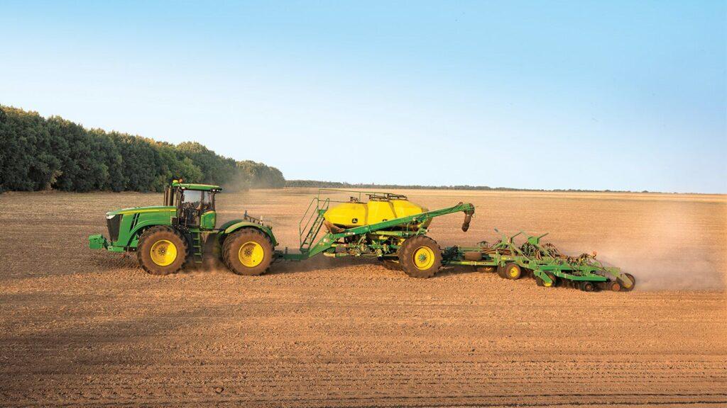 Ristone Holdings придбав дві нові пневматичні зернові сівалки
