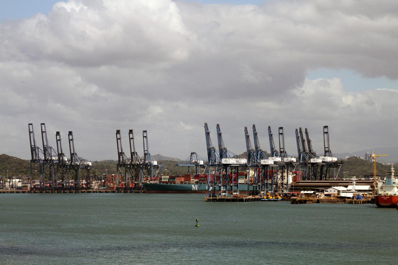 В порту «Південний» зберігається 9,6 тис. тонн аміачної селітри