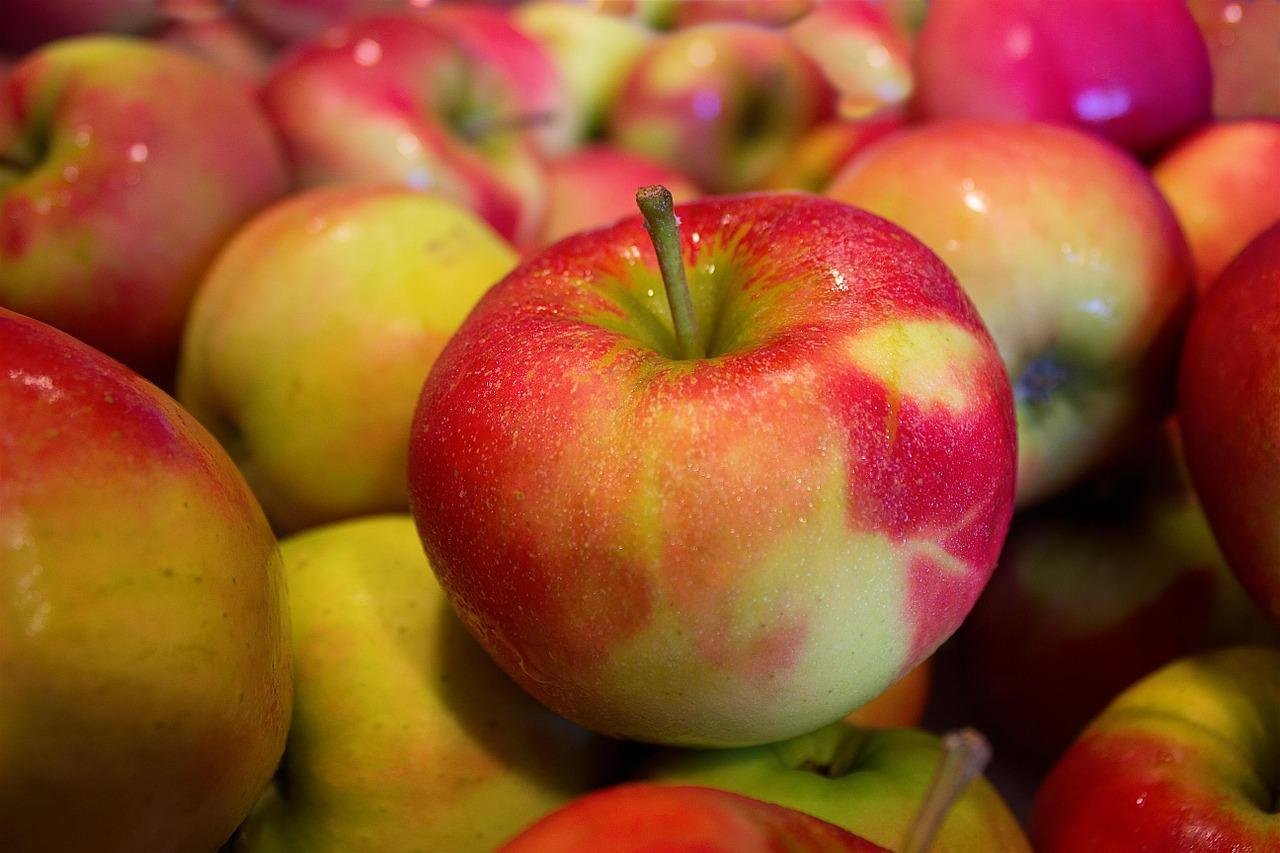 В Україні завершуються запаси яблука сорту «Гала»