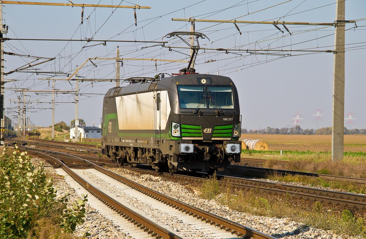 У березні «Укрзалізниця» скоротила вантажоперевезення зерна на 23,4%