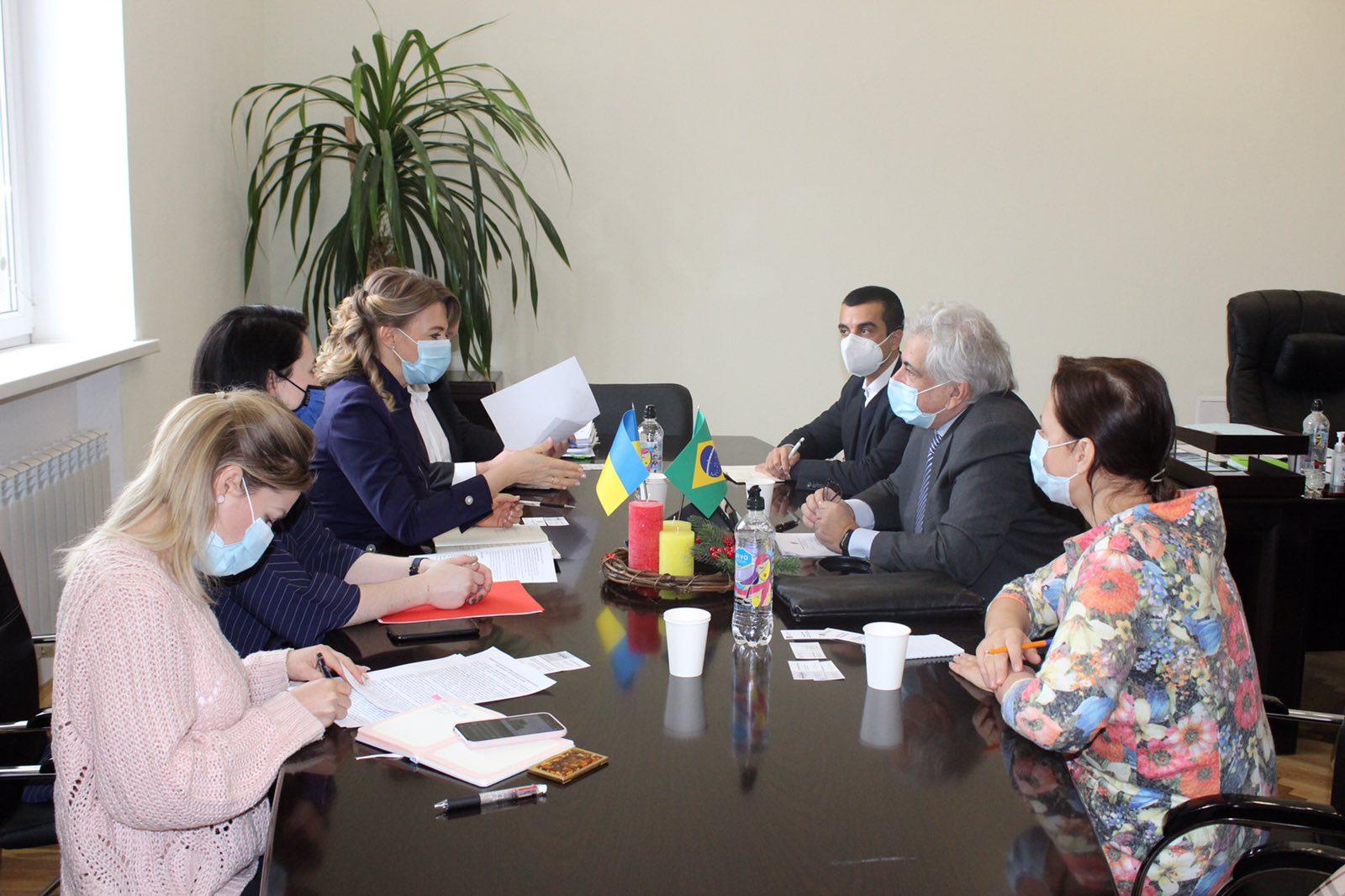 Україна поглиблюватиме співпрацю з Бразилією у фітосанітарній сфері