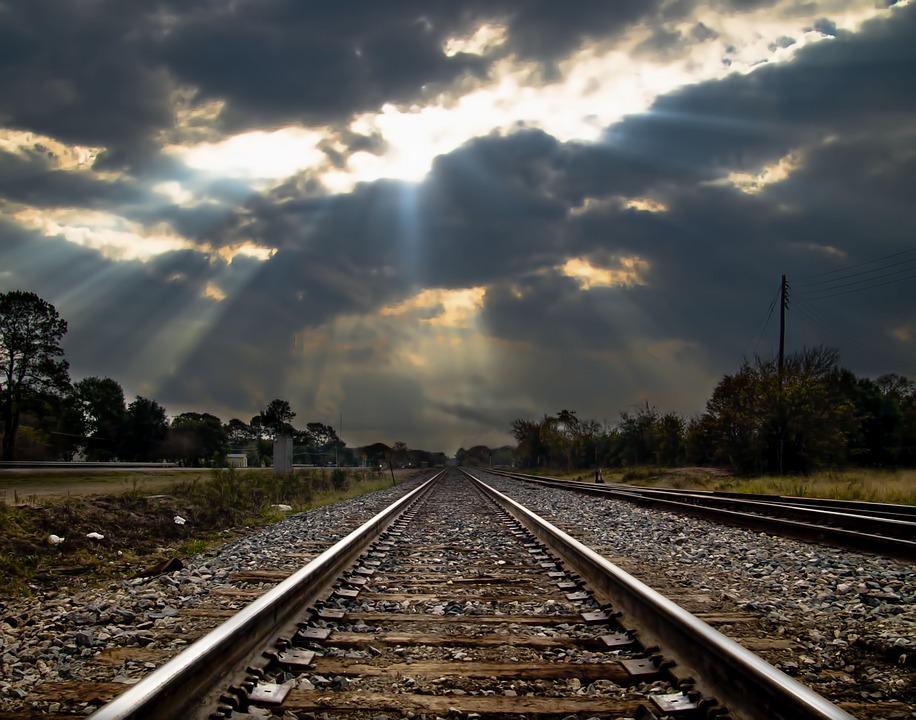 Бізнес закликає пришвидшити розгляд закону про залізничний транспорт