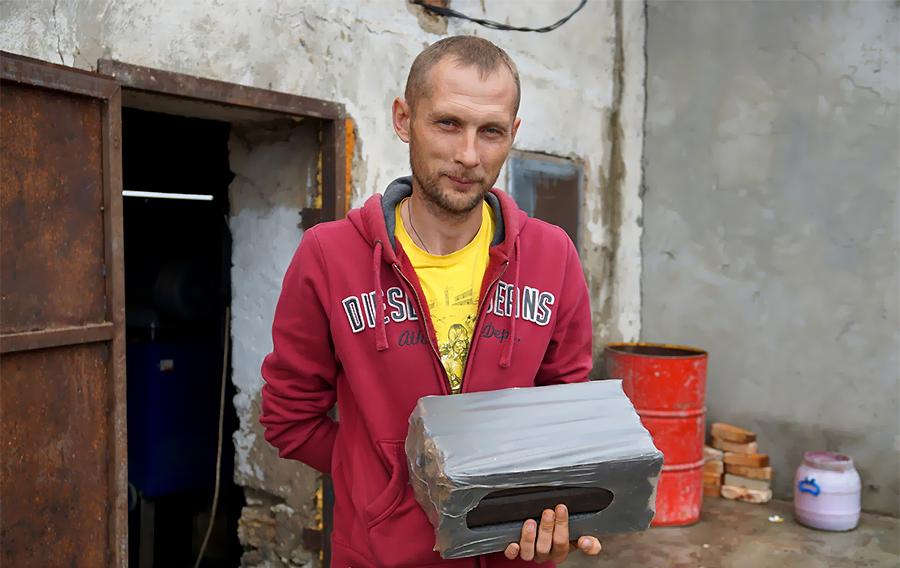 Степан Ковальчик: Ми влучно поєднали виробництво брикетів з тепличним бізнесом