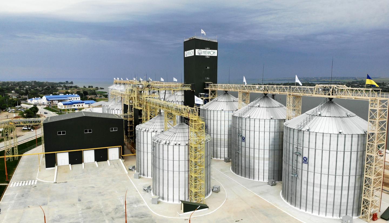 Новий річковий термінал «Нібулона» вже прийняв перші 100 тис. тонн зерна