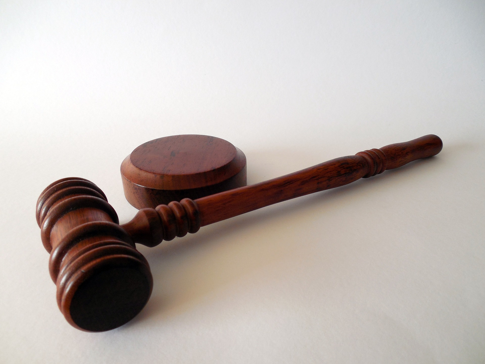 На Київщині голову сільради засудили на 3 роки через махінації із держземлями