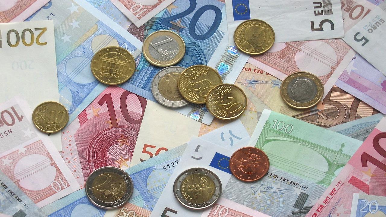 У Мінфіні повідомили про намір випустити десятирічні євробонди