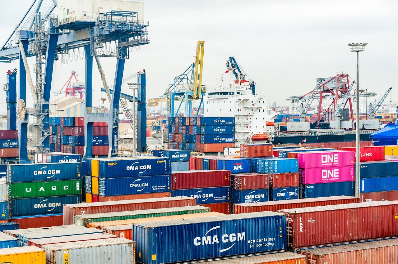 Зернові вантажі стали лідерами за обсягами перевалки в морпортах України
