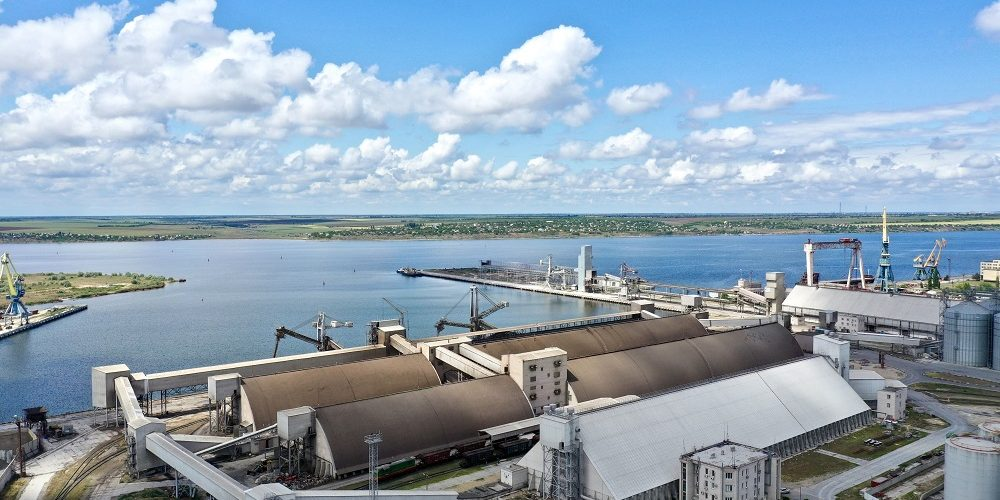 «Ніка-Тера» перепрофілювала частину порту під перевалку зернових і шроту
