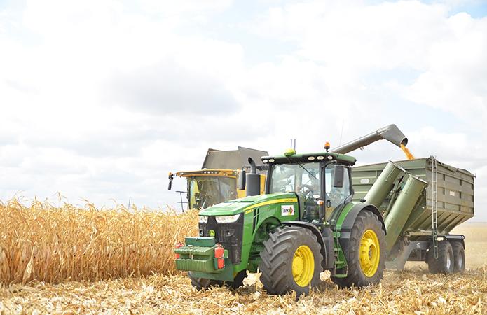 ІМК придбає 70 одиниць сільгосптехніки та автомобілів