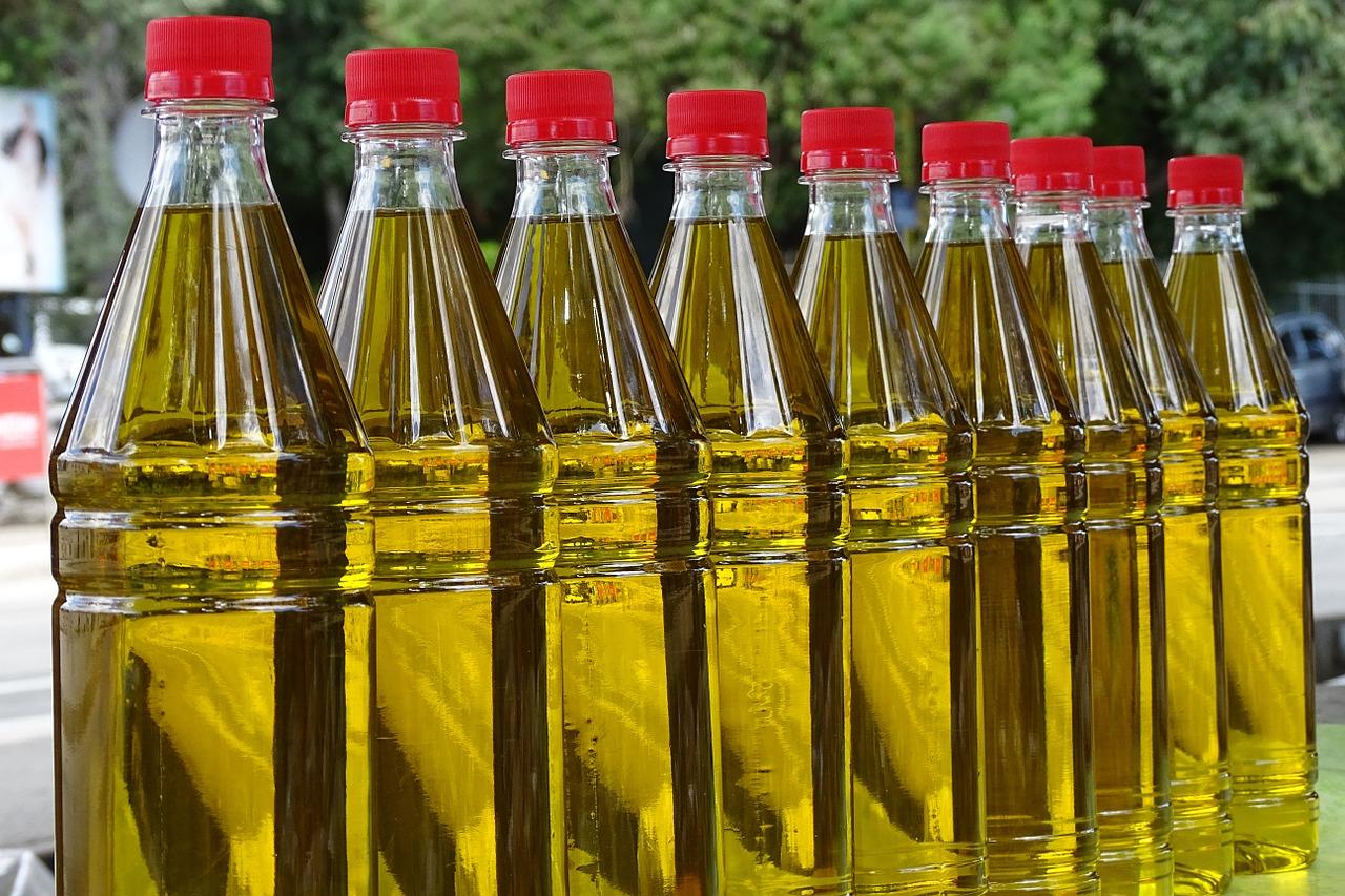 «Укролія» вперше експортувала органічну високоолеїнову соняшникову олію до Китаю